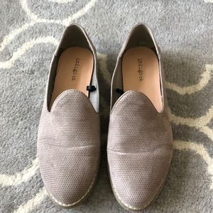 Like new Taupe Loafer